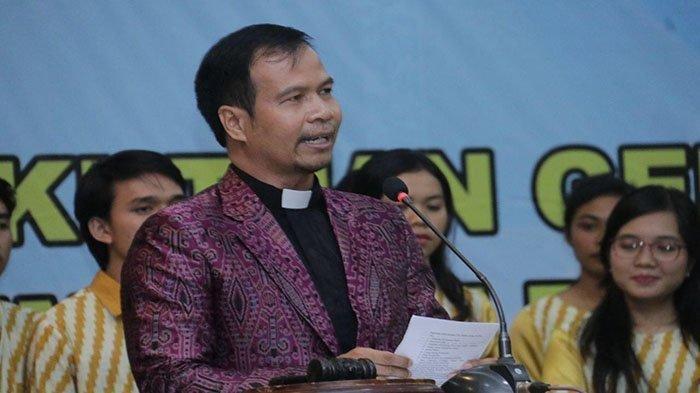 Ketua PGI Kalbar Ajak Masyarakat Dukung PPKM Darurat dan Bersama -sama Menggalakkan Vaksinasi