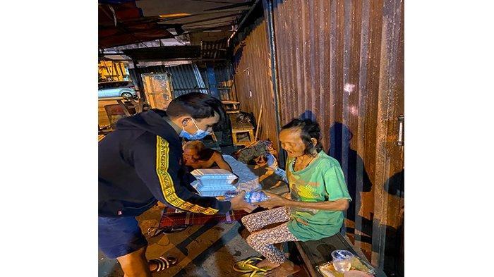 Pandemi Tak Surutkan Semangat Komunitas Berbagi Nasi untuk Berbuat