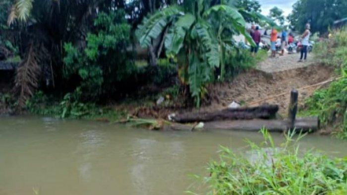 Jembatan Desa Dara Itam I di Landak Putus Diterjang Arus, Ini Harapan Warga Setempat