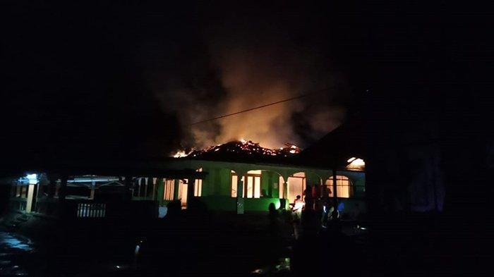 Masjid Asshalihin Nanga Koman Sekadau Terbakar, Diduga Korsleting Listrik