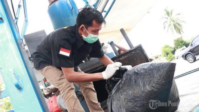 FOTO: Konferensi Pers Penangkapan 4 Kilogram Sabu Jaringan Internasional oleh BNN Provinsi Kalbar - konferensi-pers-penangkapan-4-kg-sabu3.jpg