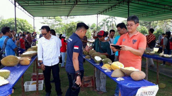 Ini Tiga Jenis Durian Pemenang Kontes di Sekayam