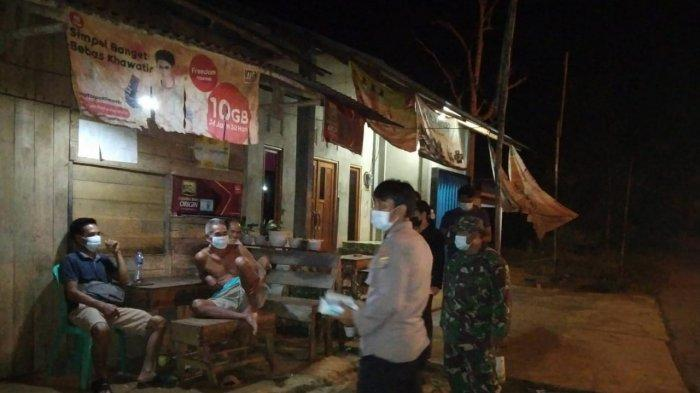 Personel Polsek dan Koramil Toho Gencarkan Patroli Malam, Jaga Kamtibmas & CegahPenyebaran Covid-19