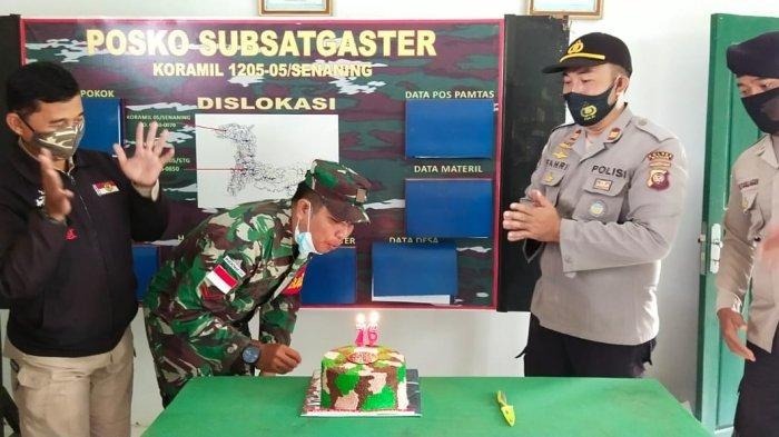 Kapolsek Ketungau Hulu Bersama Koramil Ketungau Hulu Rayakan HUT TNI ke-76