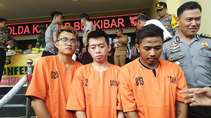 KRONOLOGI Penyelundupan Sabu 26 Kg di Pontianak, Pengakuan Tersangka, Video Viral & Hotel Berbintang