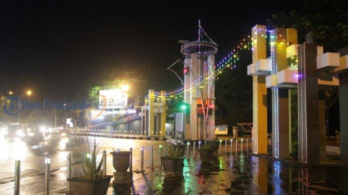Lampu Hias Semarakkan Jalanan di Kota Pontianak - lampu-hias_20180612_201411.jpg