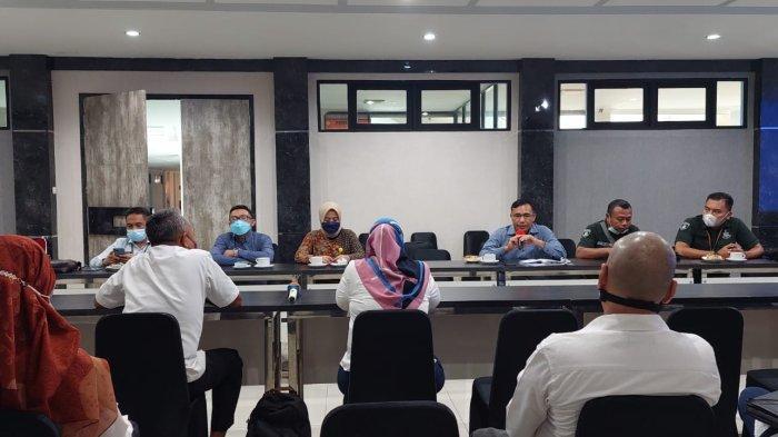 Wakil Asisten I Pemerintahan dan Kesra Pemkot Singkawang Pimpin Rapat Survei Lapangan