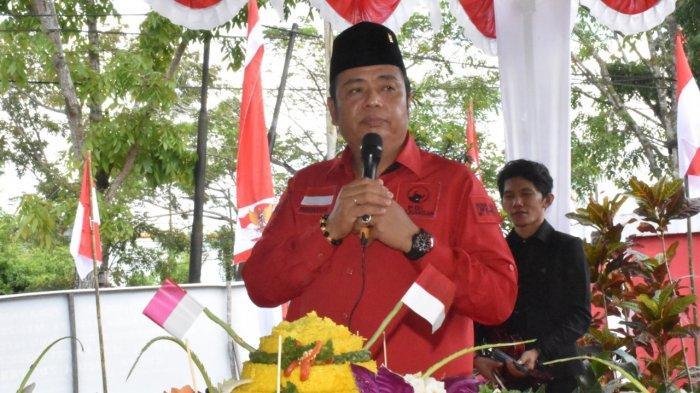 Ketua DPD PDI Perjuangan Kalimantan Barat Lasarus .