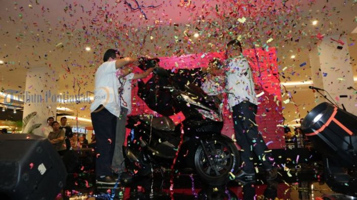 Launching All New Honda PCX Produksi Indonesia, di Transmart Kubu Raya, Ini Foto-fotonya! - launching_20180310_231236.jpg