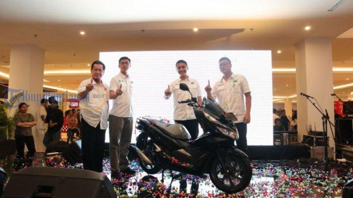 Launching All New Honda PCX Produksi Indonesia, di Transmart Kubu Raya, Ini Foto-fotonya! - launching_20180310_231327.jpg