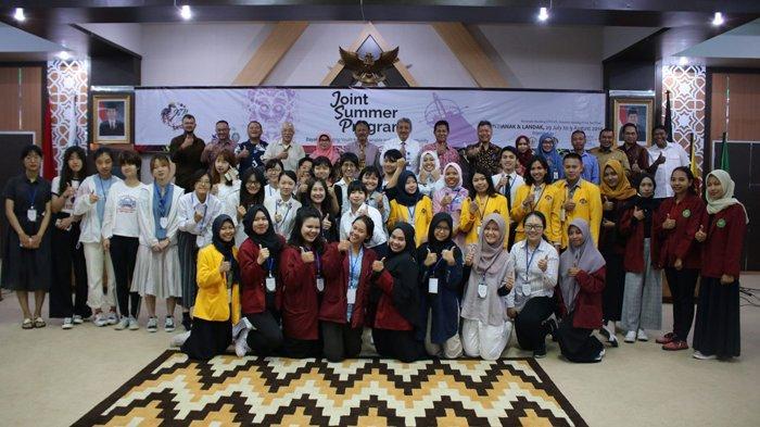 Lewat Joint Summer Program, Universitas Panca Bhakti Pontianak (UPB) Perkenalkan Budaya Dayak