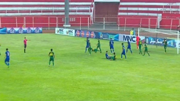LIVE HASIL Arema Vs Persebaya Semifinal Piala Gubernur Jatim, Gol Kilat Arema FC Kejutkan Persebaya