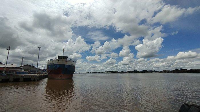 Lokasi tenggelamnya.pemuda pencari ikan untuk umpan di Sungai Kapuas, 24 Agustus 2021.
