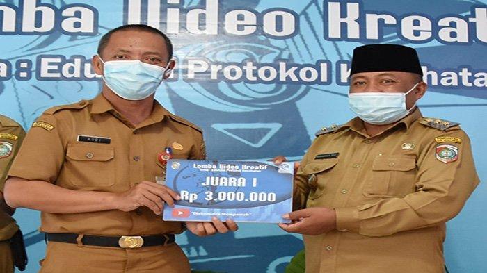 Serahkan Pengharaan pada Pemenang Lomba Video Kreatif, Muhammad Pagi Apresiasi Langkah Diskominfo