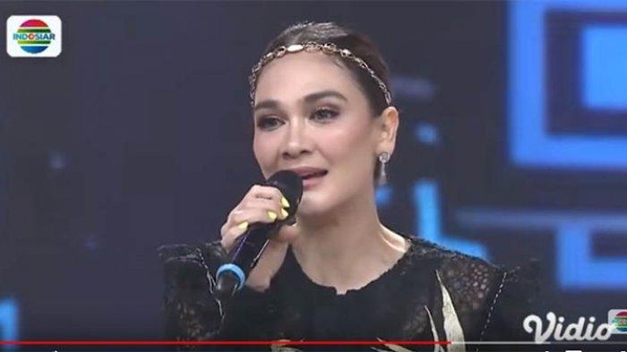 Luna Maya Nyanyikan Lagu 'Suara' saat Jadi Juri Tamu LIDA 2019, Zaskia Gotik: Hidup Mbak Bulan