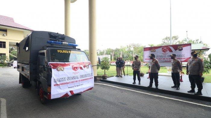 Semarakan Kemerdekaan RI ke-75, Polda Kalbar Salurkan Sembako untuk Bantu Masyarakat