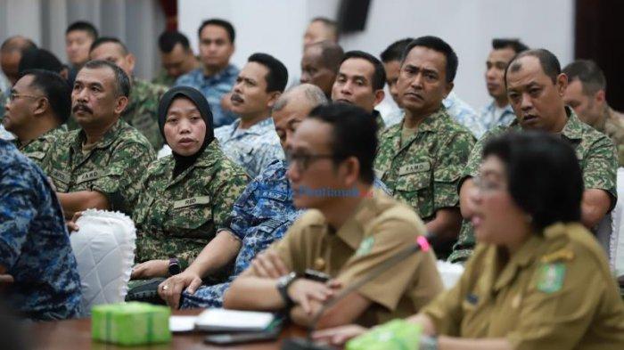 FOTO: Maktab Pertahanan Angkatan Tentera Malaysia Berkunjung Ke Kantor Gubernur Kalbar - maktab-rombongan.jpg