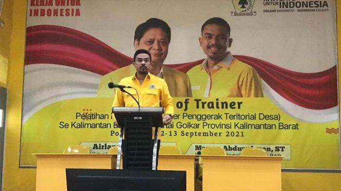 Buka Kegiatan TOT Karakterdes, Berikut Paparan Ketua DPD Golkar Kalbar Maman Abdurrahman