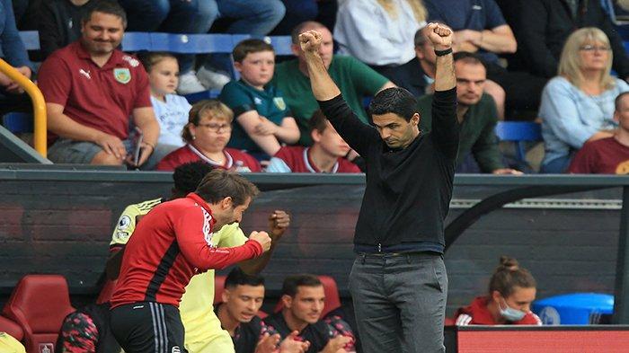 Manajer Arsenal asal Spanyol Mikel Arteta bereaksi terhadap peluit akhir pertandingan sepak bola Liga Inggris antara Burnley dan Arsenal di Turf Moor di Burnley, barat laut Inggris pada 18 September 2021. Arsenal memenangkan pertandingan 1-0.