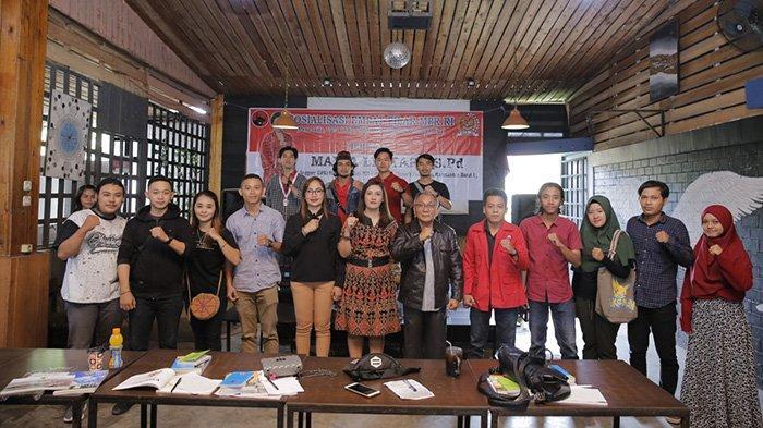 Maria Lestari Sosialisasi Empat Pilar MPR RI kepada Organisasi Mahasiswa Ekstra Kampus