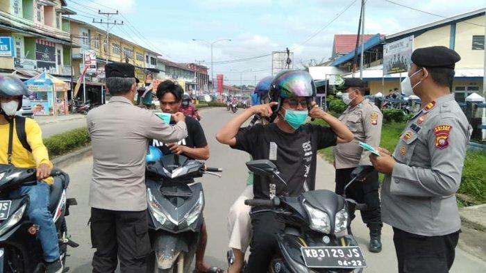 Siaga On Call Regu 4 Polres Melawi Gelar Mobile Masker, Ini Imbauan yang Disampaikan