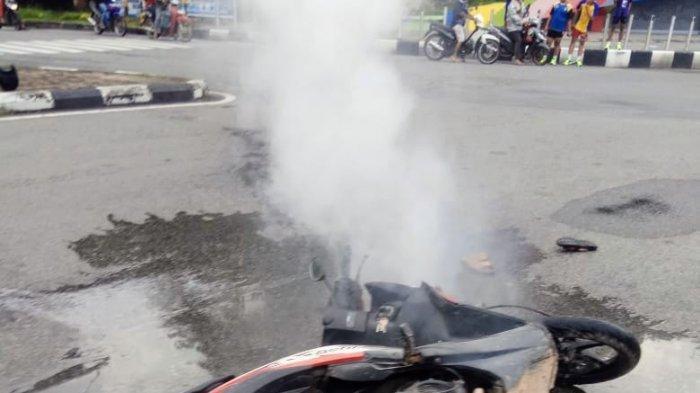 Polisi Ungkap Dugaan Pemicu Sepeda Motor Terbakar saat Dikendarai di Bundaran Digulis