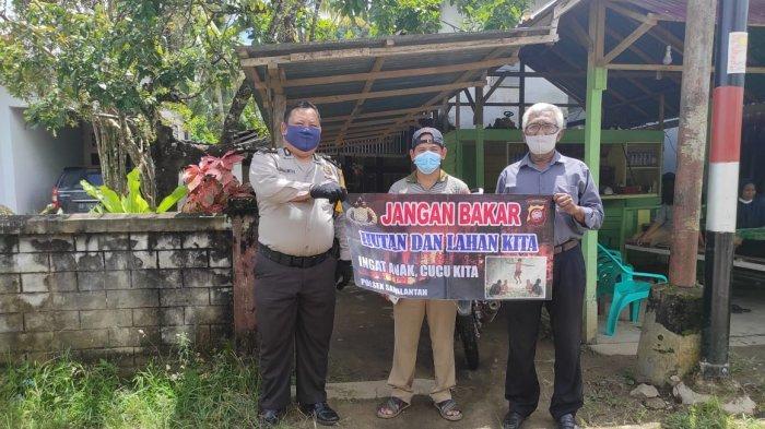 Personel Polsek Samalantan Sosialisasi Cegah Karhutla dengan Humanis