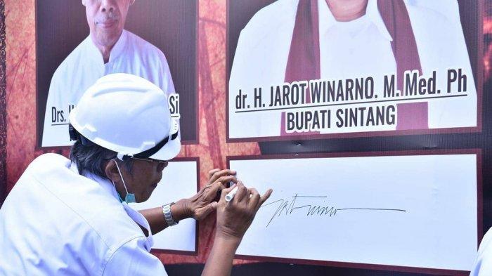 Bupati Jarot Menilai Letak Masjid Wali Songo Sangat Strategis