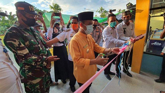 Bupati Atbah Launching Desa Digital di Kecamatan Tebas