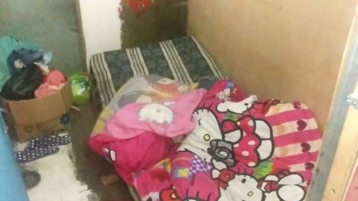 MENGINTIP Kafe Seks di Gang Royal, Kamar Seukuran Kuburan hingga Catatan Transaksi PSK