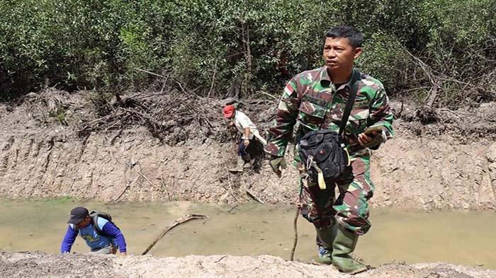 TMMD Kodim Sintang, Yustinus Sebut Desa Ampar Bedang Daerah Terisolir Tak Ada Akses Jalan Darat
