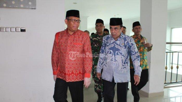 FOTO: Menteri Agama Fachrul Razi Hadiri Rapat Kerja Pimpinan Kanwil Kemenag Kalbar di Pontianak - menteri-agama-fachrul-razi-1.jpg