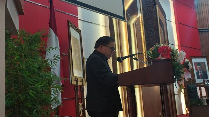 Seluruh Fraksi DPRD Provinsi Kalbar Setujui Raperda APBD 2021 untuk Jadi Perda