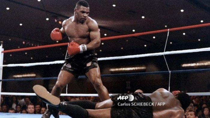 Siaran Langsung Tinju Dunia Mike Tyson vs Roy Jones Live BT Sport PPV dan Triller Streaming APP