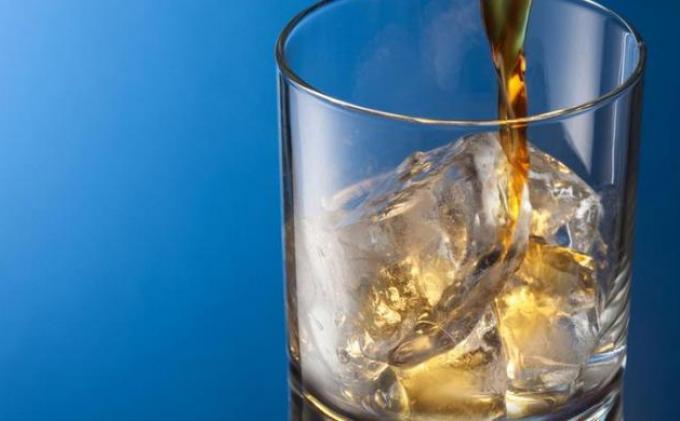 SANKSI Pemegang Izin Usaha Minuman Alkohol Jika Langgar Aturan