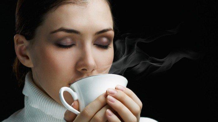 6 Manfaat Rutin Minum Air Hangat Bantu Keluarkan Racun Juga Tribun Pontianak