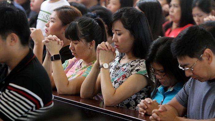Renungan Katolik Minggu 10 Oktober 2021 Lengkap Bacaan 1 Bacaan 2 Bacaan Injil dan Mazmur Tanggapan