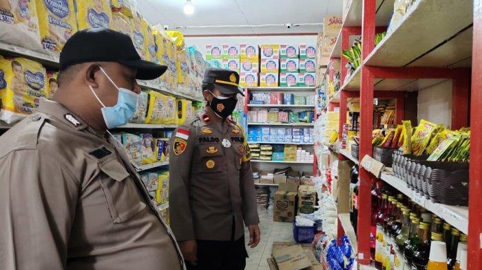 Polsek Putussibau Selatan Cek Harga Sembako di Sejumlah Toko dan Minimarket
