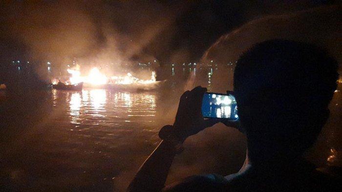 Brangkas Berisi Uang Rp 200 Juta Rupiah Terbakar dan Tenggelam