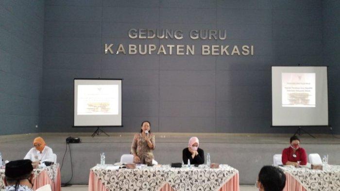 Senator Asal Kalbar, Maria Goreti Sosialisasi Empat Pilar di Bekasi