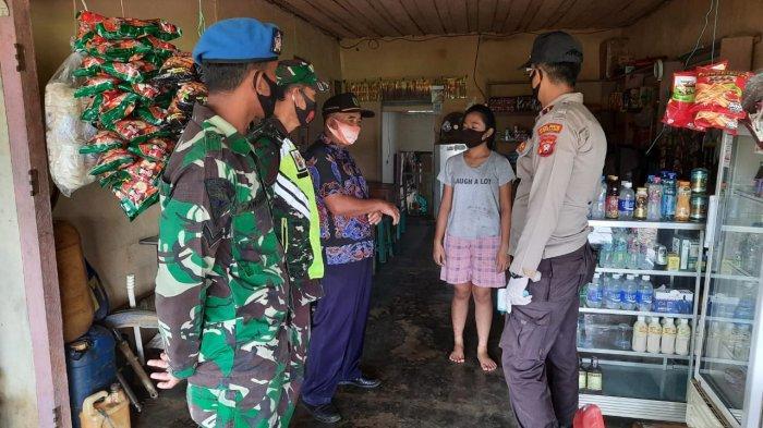 Polres Sanggau Ledo Kampanye Serentak Pemakaian Masker di Kecamatan Sanggau Ledo Bengkayang