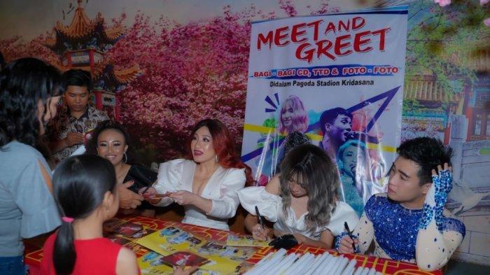 Jumpa Fans di Singkawang, Personel MTjung Stars Takjub Kemeriahan Imlek dan Cap Go Meh Singkawang