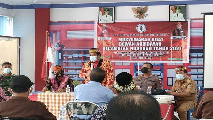 Dewan Adat Dayak Kecamatan Ngabang Gelar Musyawarah Adat