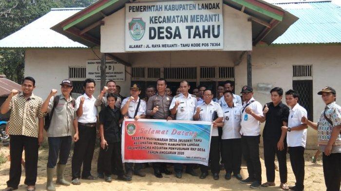 Desa Tahu Gelar Musdes, Kapolsek Meranti Ingatkan Larangan Karhutla