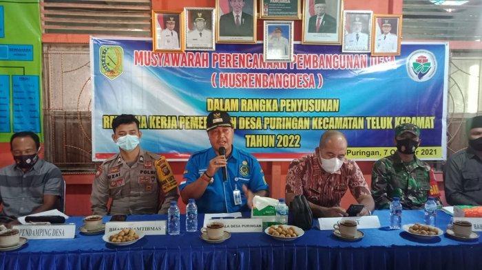 Berikut Kegiatan 3 Polsek Jajaran Polres Sambas, Musyawarah Desa, Monitoring Isolasi dan Vaksinasi