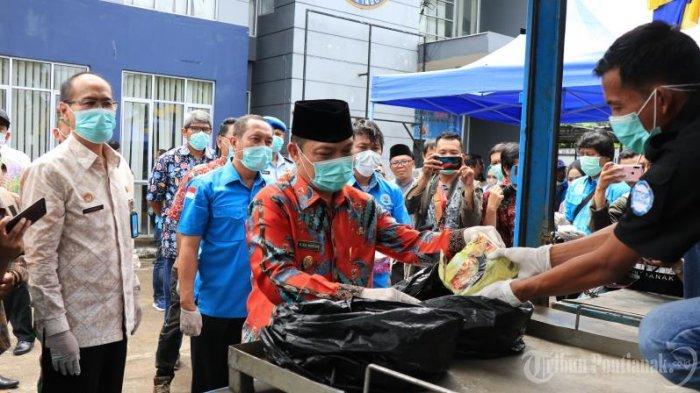 FOTO: Wakil Gubernur Kalbar Ria Norsan Dalam Press Release Kasus Narkoba BNN Kota Pontianak - musnahkan-sabu3.jpg