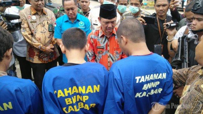FOTO: Wakil Gubernur Kalbar Ria Norsan Dalam Press Release Kasus Narkoba BNN Kota Pontianak - musnahkan-sabu6.jpg