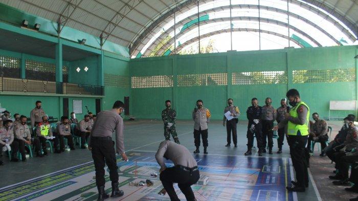 Jelang Pemilu, Polres Ketapang Gelar Tactical Floor Game