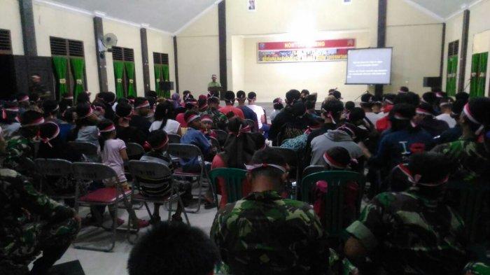 Jajaran Kodim 1205/Stg Nonton Bareng Film G 30 S/PKI Bersama Masyarakat