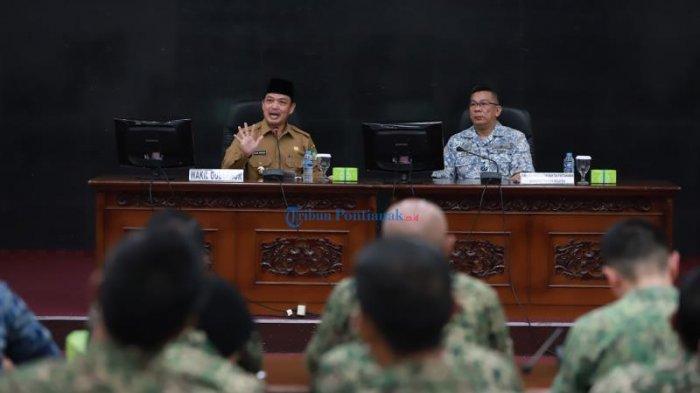 FOTO: Maktab Pertahanan Angkatan Tentera Malaysia Berkunjung Ke Kantor Gubernur Kalbar - norsan-dan-komandan-tni.jpg
